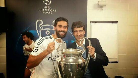 Альваро Арбелоа - правый защитник Мадридского Реала!