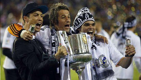 Фабио Коэнтрау - левый защитник Мадридского Реала!