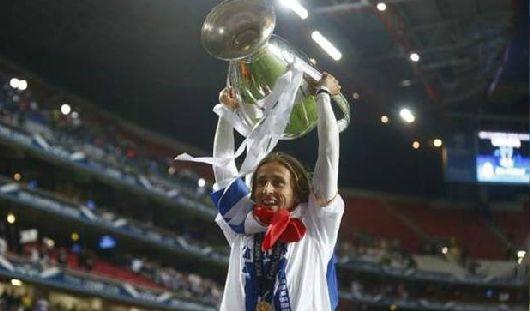 Лука Модрич - лучший полузащитник Реал Мадрид ФК!